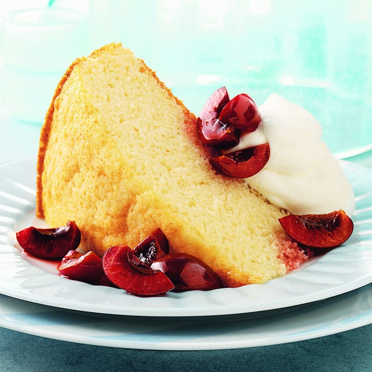 Vanilla Cake with Cherries and Cream