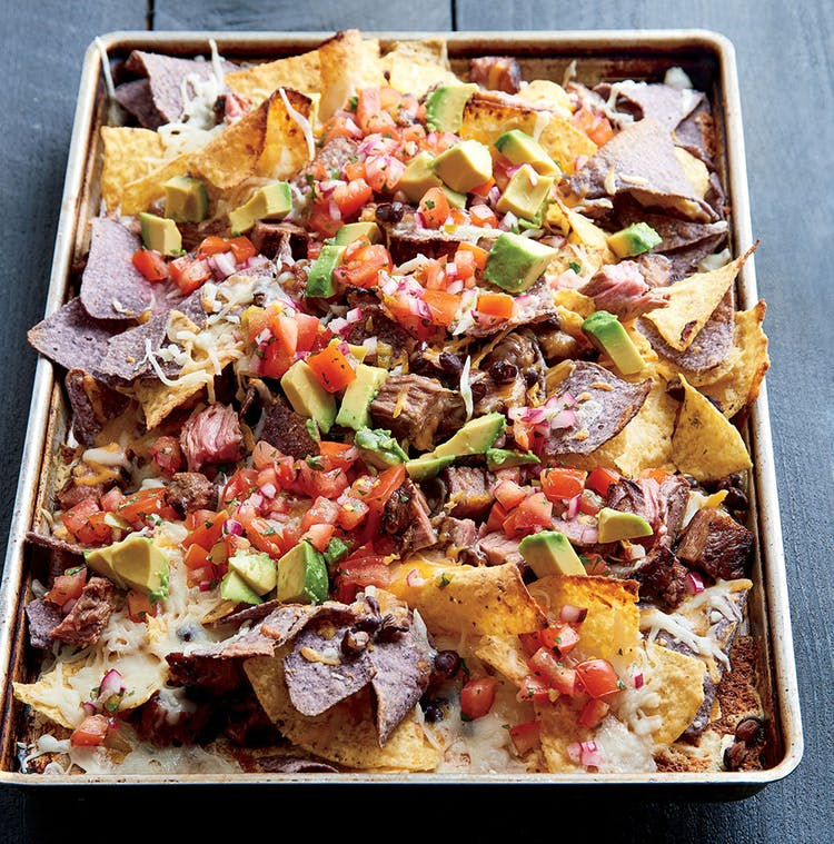 Cheesy Nachos With Steak And Black Beans Starters