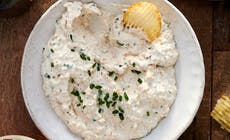 Grilled Onion And Sour Cream Dip