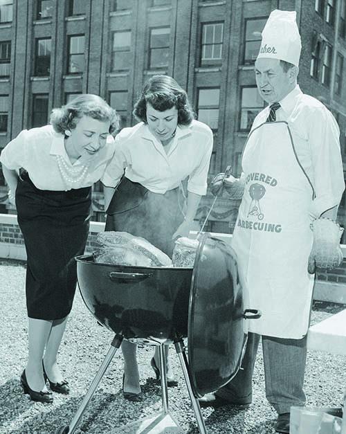 Vintage-Weber-Kettle-Photo