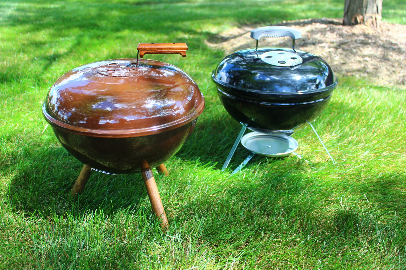 the history of the smokey joe behind the grill weber grills. Black Bedroom Furniture Sets. Home Design Ideas