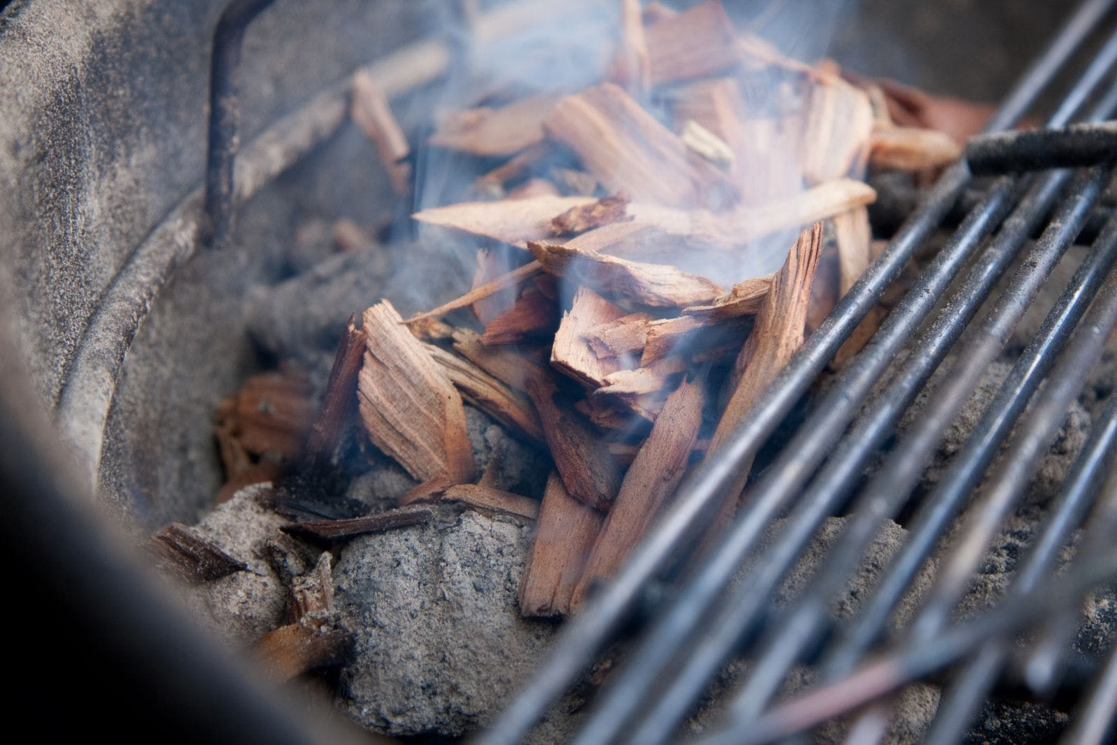 Wood-Chips-pn-a-Charcoal-Grill